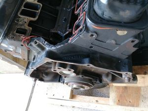 GMC sierra 2500 engine block and water pump for Sale in Chula Vista, CA