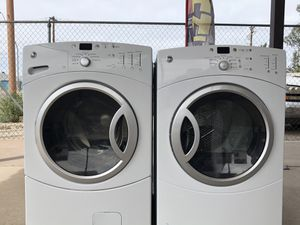 Ge washer and electric dryer for Sale in Tucson, AZ