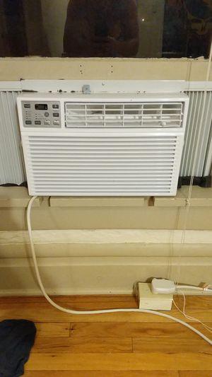 GE 8000 BTU Air Conditioner for Sale in Columbus, OH