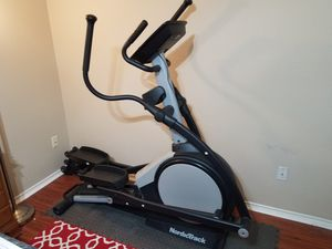 NordicTrack E7 SV Front Drive Elliptical and set of dumbell weights for Sale in Austin, TX