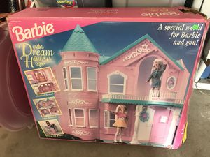 1995 Barbie Dream House in Box for Sale in Westerville, OH