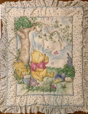 Winnie The Pooh Classic 7 piece Crib Set for Sale in Porter Ranch, CA