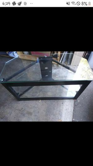 Glass entertainment center comes w 42 in HDTV for 120 both great condition nothing wrong at all for Sale in Grants Pass, OR