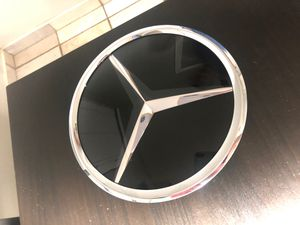 OEM Mercedes Hood Emblem Brand New part#1648880411 for Sale in Jurupa Valley, CA