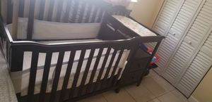 Cherrywood crib for Sale in Hollywood, FL