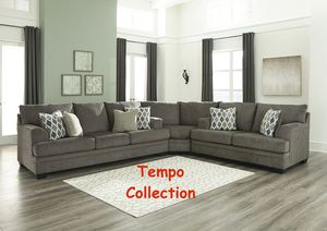 NEW IN THE BOX. STYLISH SECTIONAL SOFA, GRAY, SKU# TC77204S for Sale in Santa Ana, CA