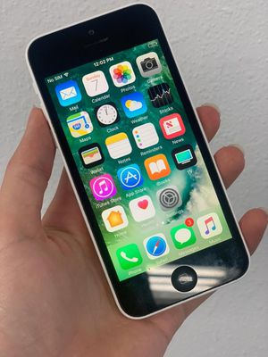 Apple iPhone 5C Unlocked Excellent for Sale in Lakewood, WA