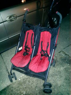 Baby travel double stroller LIKE NEW ONLY 60firm for Sale in Glen Burnie, MD