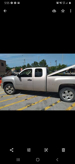 2008 Chevy Silverado lt1 1500 for Sale in Chicago, IL