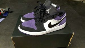 Size 9////JORDAN 1 LOW court purple!!!!! for Sale in Highland, CA