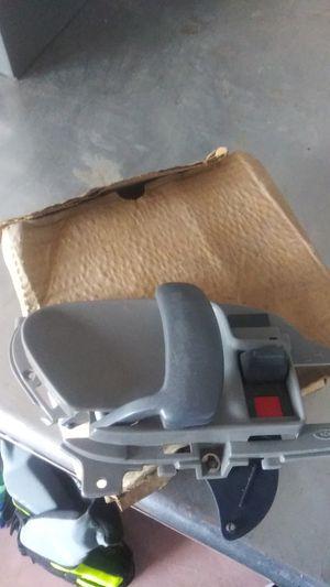 95-99 chevy tahoe door handle for Sale in Frederick, CO