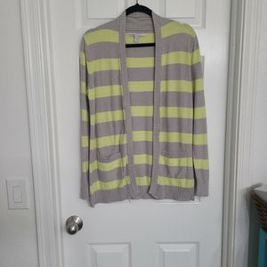 Old Navy Grey And Yellow Cardigan Size M for Sale in Peoria, AZ