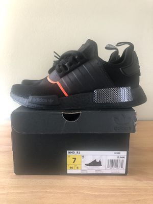 New - Adidas NMD R1 - Size 7 Men / 8.5 Women for Sale in Whittier, CA