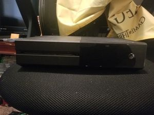 Xbox one (500gb) for Sale in Tampa, FL