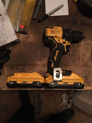 """Dewalt 1/2"""" atomic drill driver with 2 3ah batteries for Sale in Sherman, TX"""