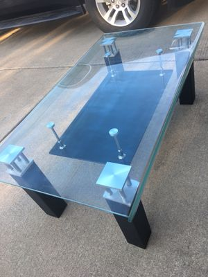Beautiful Design Coffee Table for Sale in Grand Prairie, TX