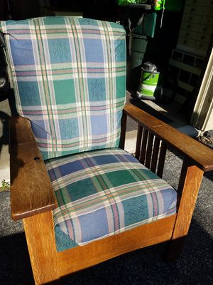 Antique (Morris Chair) Reclining for Sale in Eureka, WI