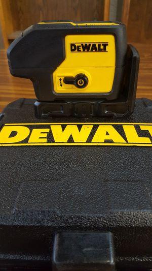 DeWalt DW083 3 Beam Laser Pointer in Case for Sale in Detroit, MI
