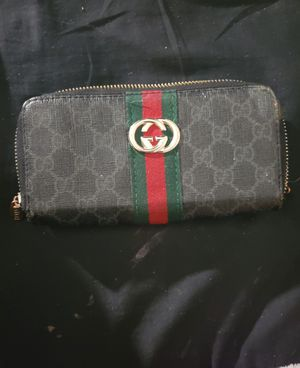 Gucci Wallet 100% AUTHENTIC! for Sale in Aurora, CO