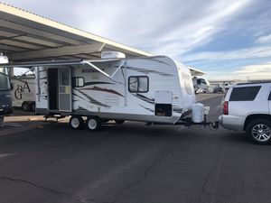 2013 Wildwood RV trailer camper $11,500 Gilbert. for Sale in Gilbert, AZ