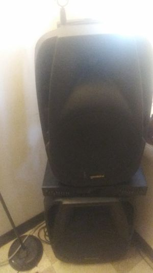 2 gemni Es12 to go blue tooth speakers 1 americian audio 15 sub with two stands for Sale in Baltimore, MD