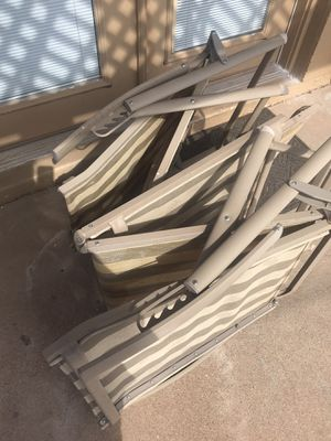 Free 2 chairs porch pick up tonight for Sale in Phoenix, AZ