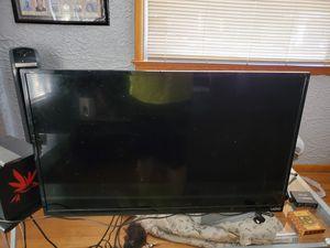 """32"""" non smart vizio tv. No stand but with remote. for Sale in Colorado Springs, CO"""