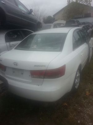Hyundai Sonata Parts 2006 up 2008 4 cylinder 2.4 for Sale in Houston, TX