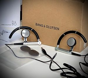 Bang & Olufsen earbuds for Sale in Miami, FL