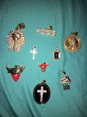 Custom gold plated Medallions $5 pieces for Sale in San Antonio, TX
