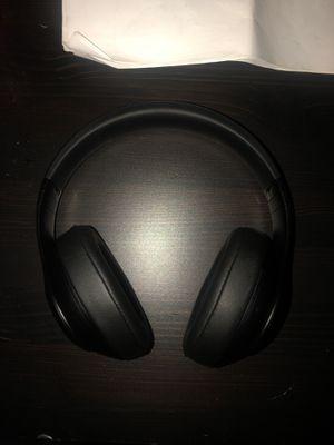 Beats pro studio headphones for Sale in Detroit, MI