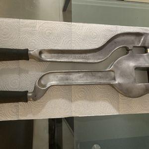 OfferUp Tools Metal Punch Para Particio Used En Perfecta Condiciones for Sale in Miami, FL