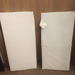 Crib wedge/ inclined transition pillow for Sale in Rhinelander, WI