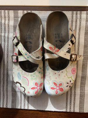 Floral Birkenstock's Women's Size 37 for Sale in Redmond, WA