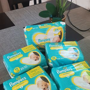 Pampers For NB for Sale in Maywood, CA