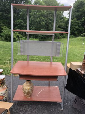 Desk for Sale in Waynesburg, PA