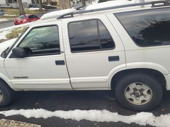 Chevy Blazer 2002 for Sale in Lemoyne,  PA
