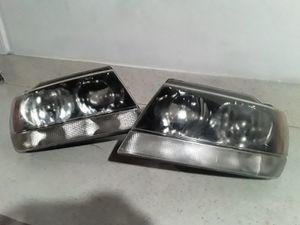 Pair Jeep Grand Cherokee Headlights for Sale in Lemon Grove, CA