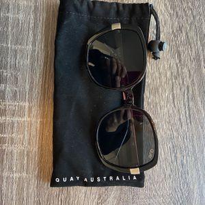 Quay Australia Gold Dust Sunglasses for Sale in Huntington Beach, CA