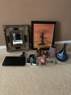 Decorations, includes DVD player for Sale in Gaithersburg, MD