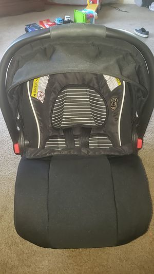 Graco car seat with base for Sale in Robinson, TX