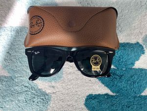 Brand New Authentic RayBan Wayfarer Sunglasses for Sale in Laguna Hills, CA