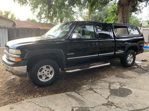 2000 Silverado z71 off road 4x4 for Sale in Fresno, CA