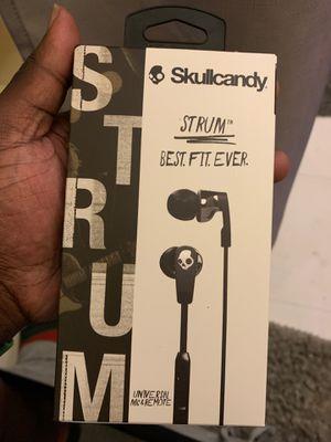 Skullcandy earbuds for Sale in Philadelphia, PA