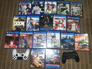 PS4 with 18 games two controllers all cable everything work u can try it out if u like I can deliver also for Sale in Bothell, WA