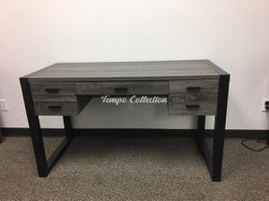 New Desk / Student Desk, SKU# ID171967TC for Sale in Norwalk, CA
