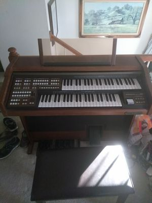 Organ like new for Sale in Grottoes, VA