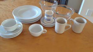 Pyrex bowl (1950's) miscellaneous dishware for Sale in Philadelphia, PA