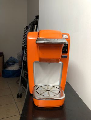 Keurig single cup coffee maker for Sale in Philadelphia, PA
