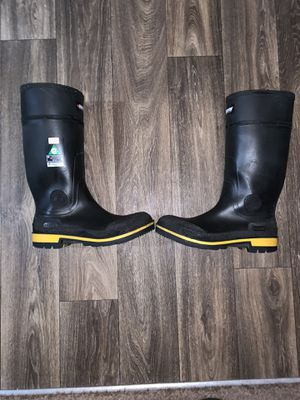 Steel toe rubber work boots for Sale in Fairburn, GA